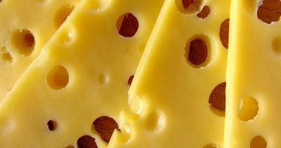 Dürfen Hunde Käse essen?