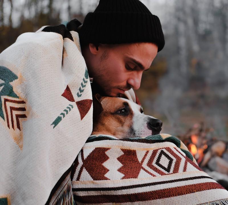 Die Liebe zwischen Mensch und Tier kann etwas ganz Besonderes sein.